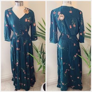NWT Jaase emerald floral smocked button maxi dress